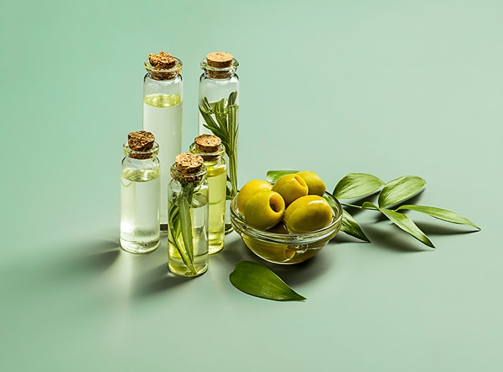 Olive oil in ears Great Britain Article